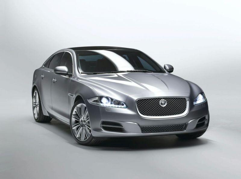 """Naujasis """"Jaguar XJ"""" – stilingas aristokratas"""