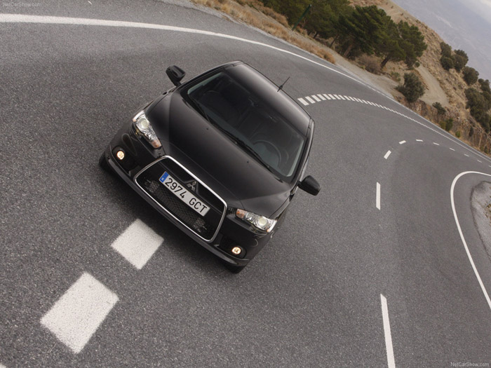 """""""Mitsubishi Lancer"""" - populiariausias automobilis birželį"""
