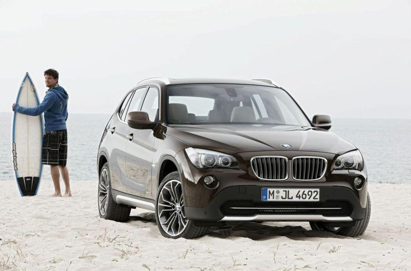BMW X1 oficiali premjera – bjaurusis ančiukas ar gulbė?