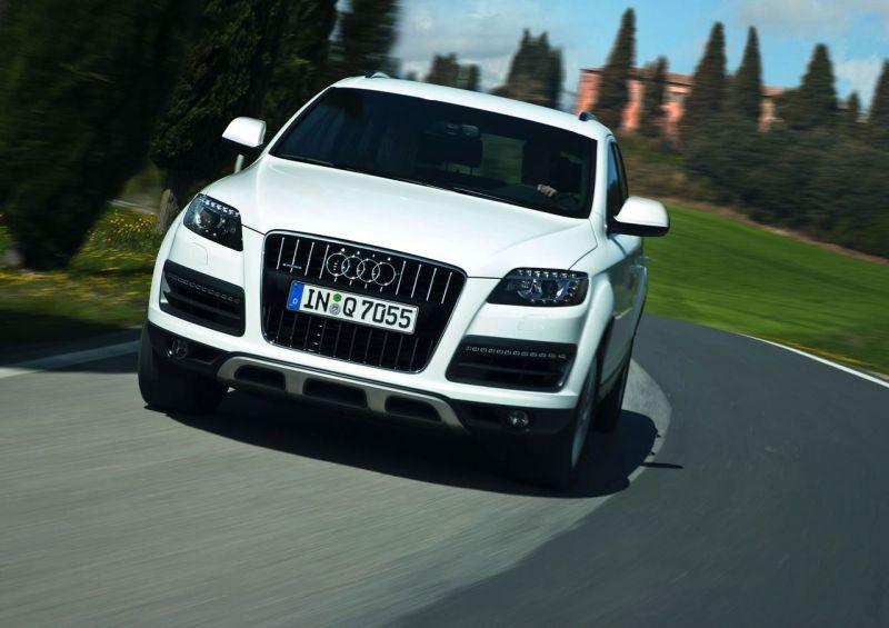 """Atnaujintas """"Audi Q7"""" bus stilingesnis ir ekonomiškesnis"""