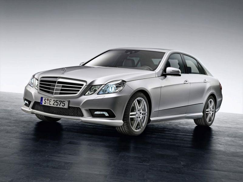 """Oficialiai pristatytas naujasis """"Mercedes-Benz E"""""""
