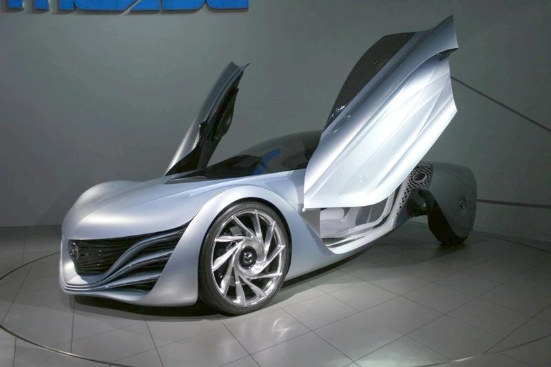 """""""Mazda 1"""" premjera - Paryžiuje"""