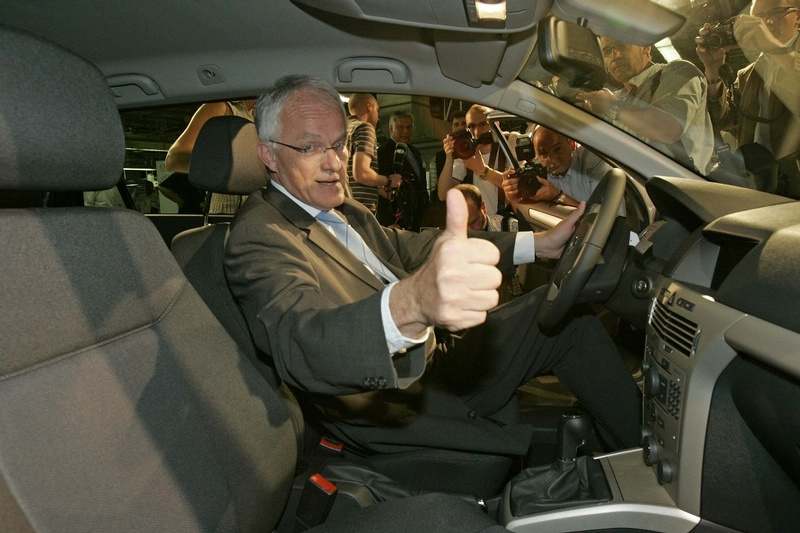 """Opel Astra"" - jau 10 milijonų"