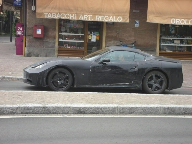 "Artėja ""Ferrari Grand Tourer"" premjera"