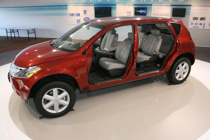 """""""Nissan"""" pristatė naują """"X-by-Wire"""" technologiją"""