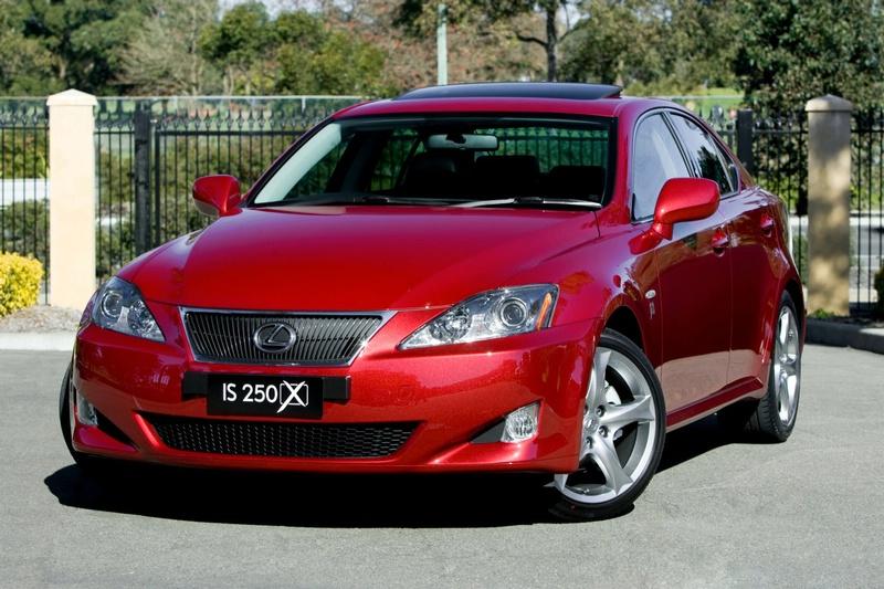 """""""Lexus IS 250 X"""" tik išrinktiesiems australams"""