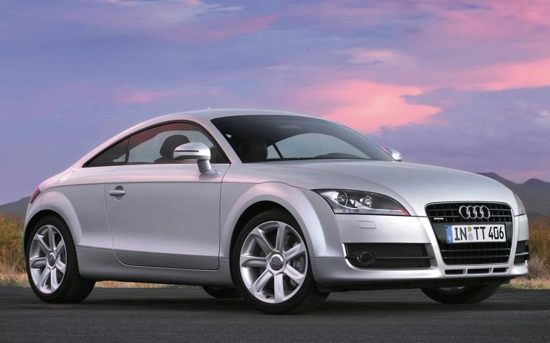 """""""Audi TT 1.8 TFSI"""" debiutuos """"Auto Mobil International"""" parodoje"""