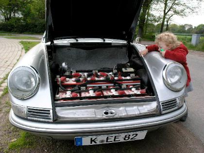 """Klasikinis """"Porsche 912"""" varomas elektra"""