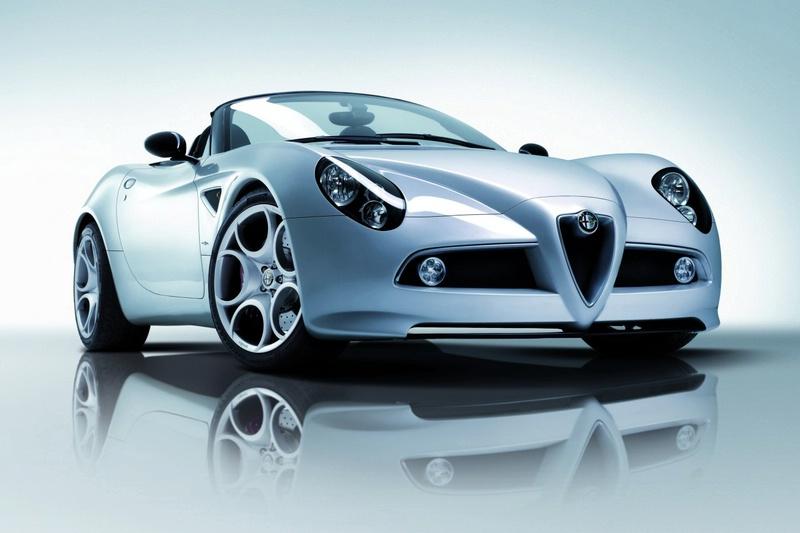 """Ženeva 2008: """"Alfa Romeo 8C Spider"""" įsigyti galės tik 500 pirkėjų"""