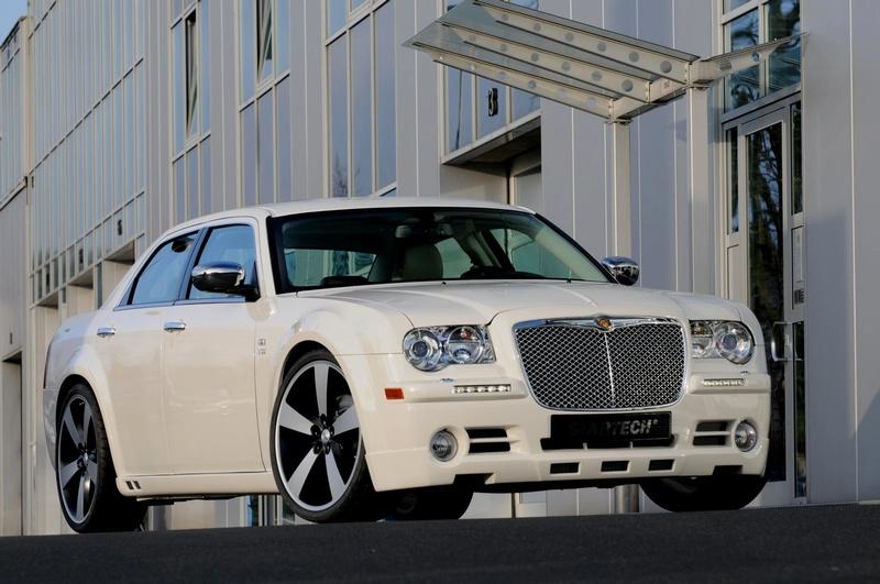 """""""Chrysler 300"""" – dar daugiau išskirtinumo"""