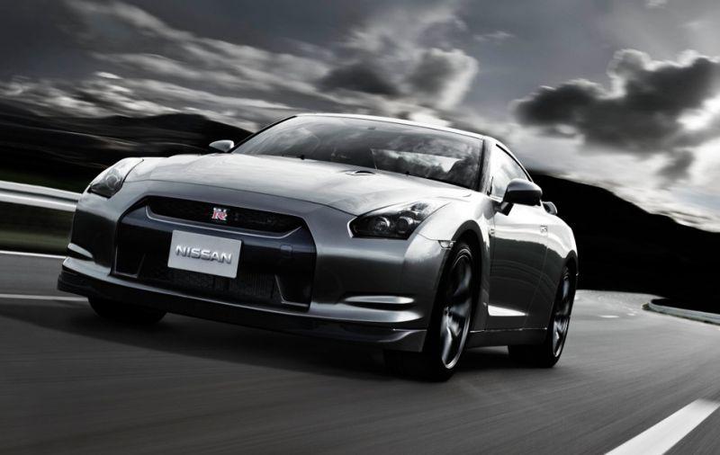 """Japonai ruošią žvėrį """"Nissan GT-R V-Spec"""""""