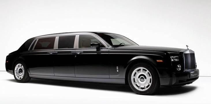 "Dar ilgesnis ""Rolls-Royce Phantom"""