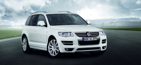 """Jau galima pasirinkti """"Volkswagen Touareg R Line"""" versiją"""