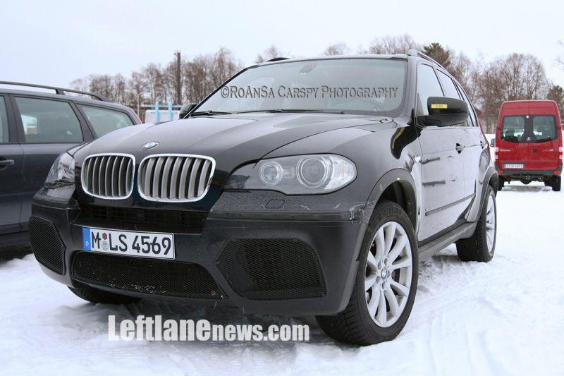 """BMW ruošia """"X5"""" visureigio M versiją?"""