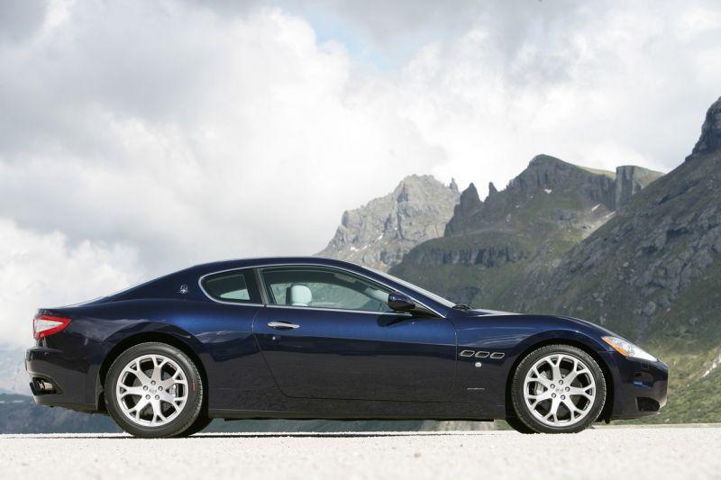"""""""Maserati GranTurismo"""" nusimes stogą"""