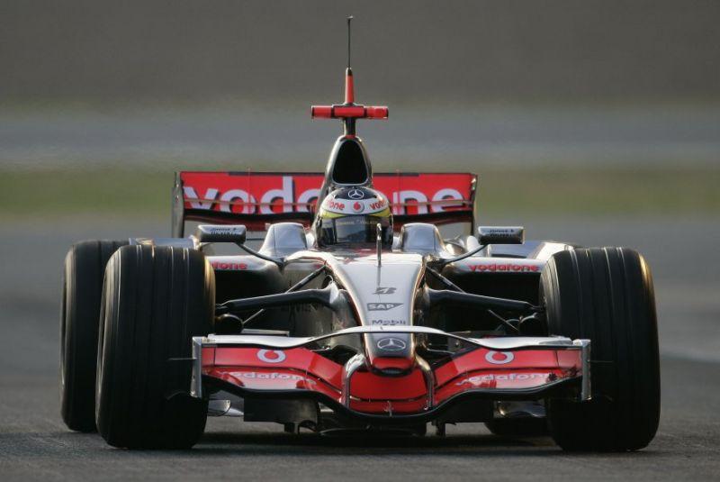 """""""Mercedes"""" įsigys kontrolinį """"McLaren"""" akcijų paketą?"""