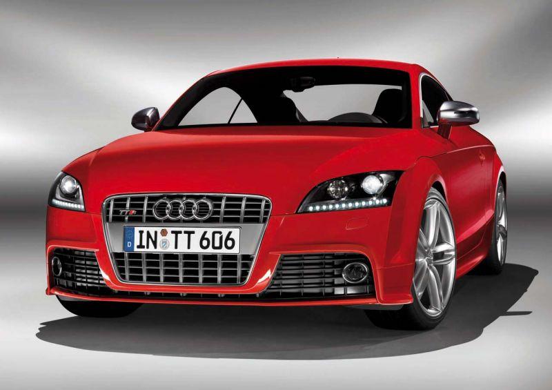 """Audi TT-S"" debiutuos Detroito automobilių parodoje"