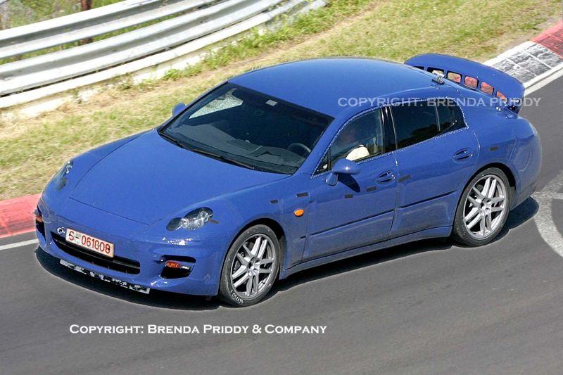 """""""Porsche"""" ruošia hibridinę """"Panamera""""  versiją"""
