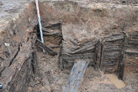 Bernardinai.lt nuotr./Mėnaičiuose atkastas partizanų bunkeris