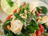 Fotolia nuotr. / Daržovių salotos su viatiena