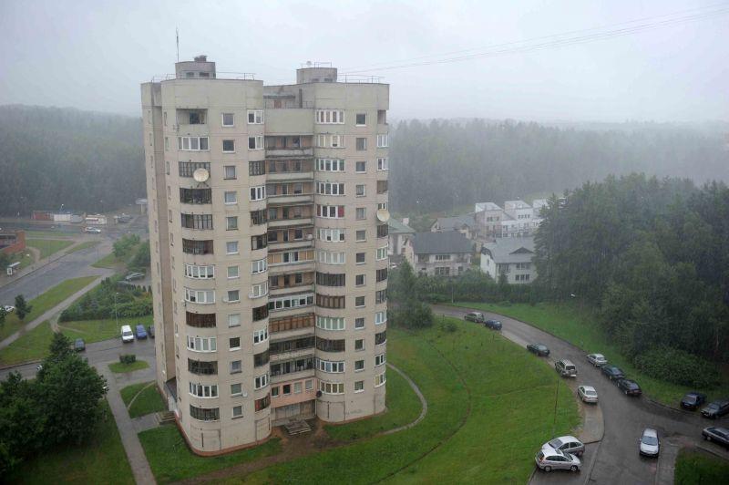 Lietus Vilniuje, Fabijoniškėse, iš 12 aukšto.
