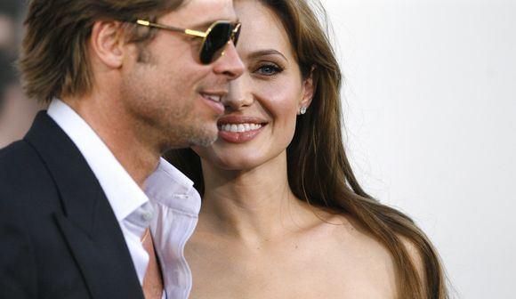 Reuters/Scanpix nuotr./Bradas Pittas ir  Angelina Jolie