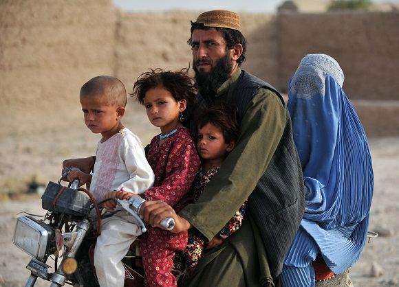Scanpix nuotr./Moters gyvenimas Afganistane
