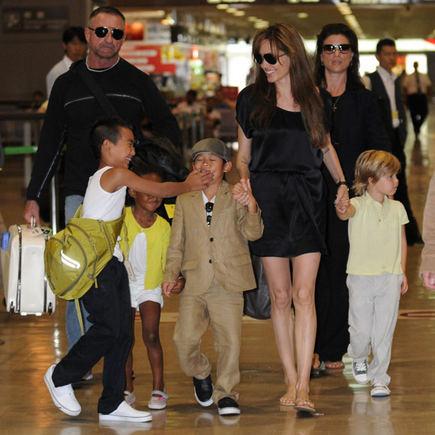AOP nuotr./Angelina Jolie su vaikais