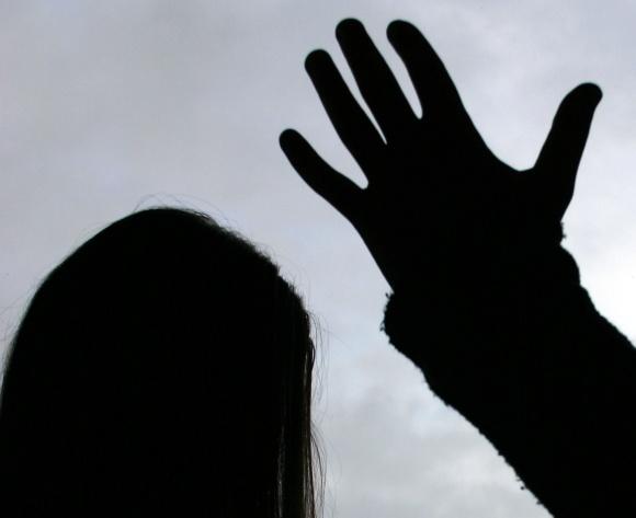 Tyrimų duomenys rodo, kad mergaitės, vaikystėje patyrusios seksualinę prievartą, 2,4 karto dažniau pakartotinai ją patiria jau suaugusios.