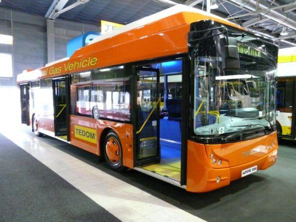Klaipėdoje savaitę važinėsis čekų gamybos autobusas.