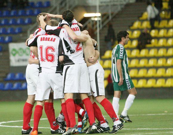 """Marijampolės """"Sūduva"""" šį sezoną tapo Lietuvos futbolo vicečempione"""