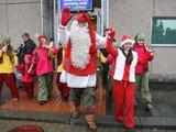 """Juliaus Kalinsko/""""15 minučių"""" nuotr./Iš Laplandijos atvykęs Kalėdų Senelis gyvena už poliarinio rato Rovaniemio kaimelyje, visus metus vilki Senelio kostiumą ir augina elnius."""