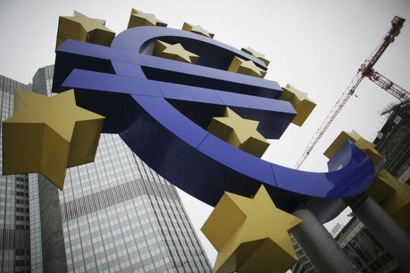 Euro simbolis prie Europos Centrinio Banko