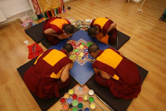 Paskaita apie budizmą.