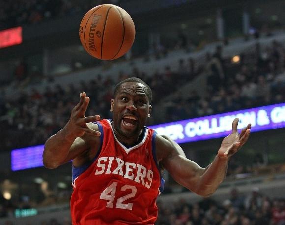 AFP/Scanpix nuotr./Eltonas Brandas 76ers ekipai pelnė 33 taakus ir atkovojo 16 kamuolių.