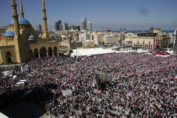 AFP/Scanpix nuotr./Beirute susirinko taikos ir nusiginklavimo aalininkai.