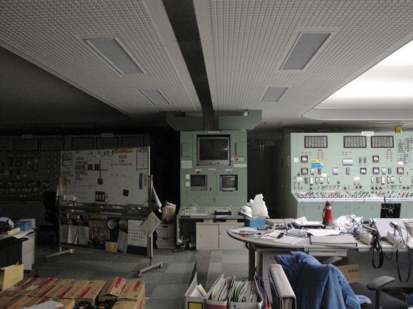 Reuters/Scanpix nuotr./Fukuaimos-1 atominės elektrinės trečiojo ir ketvirtojo reaktoriaus valdymo patalpa