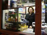 """Juliaus Kalinsko/""""15 minučių"""" nuotr./Kiosko pardavėjos Reginos bundantis miestas nežavi."""