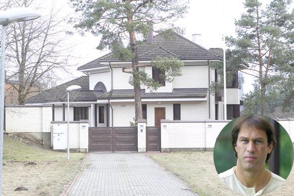 V. Ovadnevo nuotr./Šarūnas Marčiulionis ir jo namas