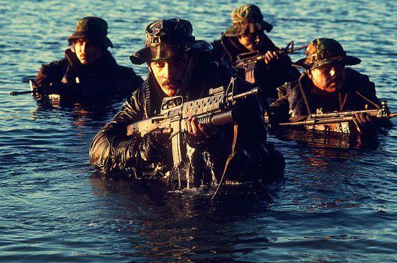 Wikimedia.org nuotr./SEAL kariai (1986 m. nuotrauka)