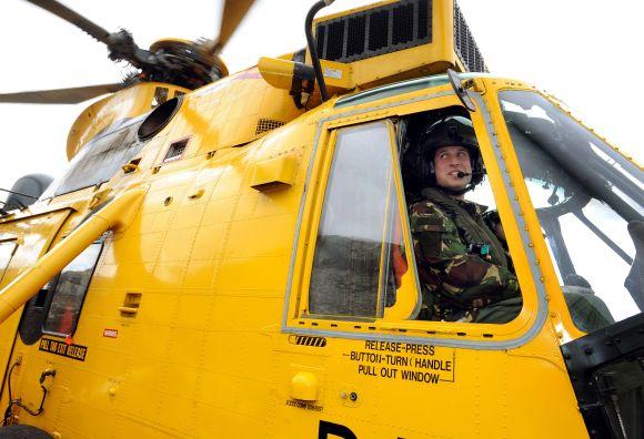 Gelbėtojų sraigtasparnio pilotas princas Williamas