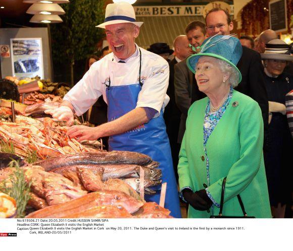 Didžiosios Britanijos karalienė Elizabeth II Airijoje