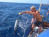 Asm. archyvo nuotr./A.Varnas žvejoja tuną.