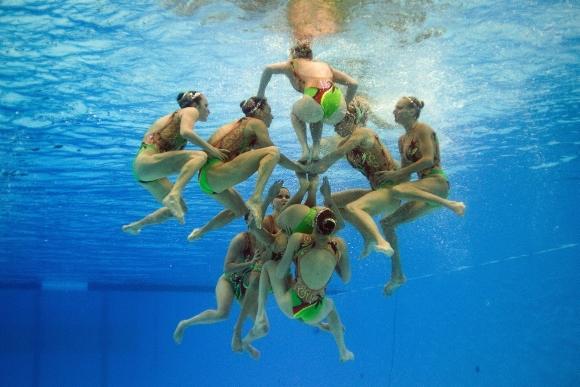 Sinchroninio plaukimo varžybos