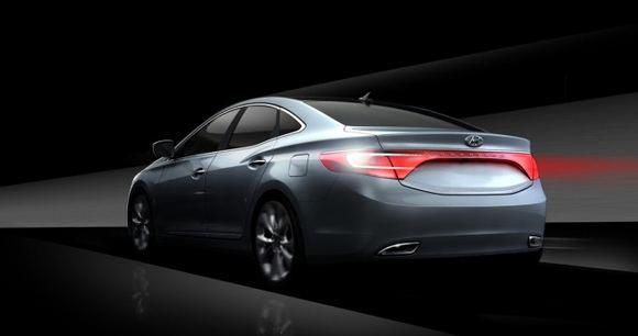 Gamintojo nuotr./Hyundai Azera