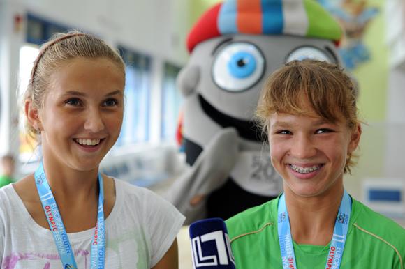 Tenisininkės Justina Mikulskytė ir Akvilė Paražinskaitė
