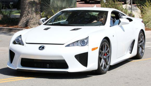 "Bulls nuotr./""Lexus LF-A"""