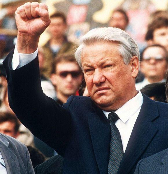 Borisas Jelcinas 1991 metų rugpjūčio 24-ąją