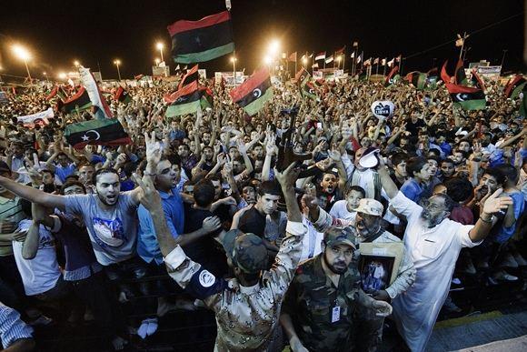 AFP/Scanpix nuotr./Libijoje avenčiamas sukilėlių įsiveržimas į Tripolį