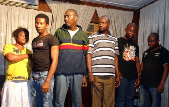 AFP/Scanpix nuotr./Johno Obi Mikelio tėvo pagrobėjai